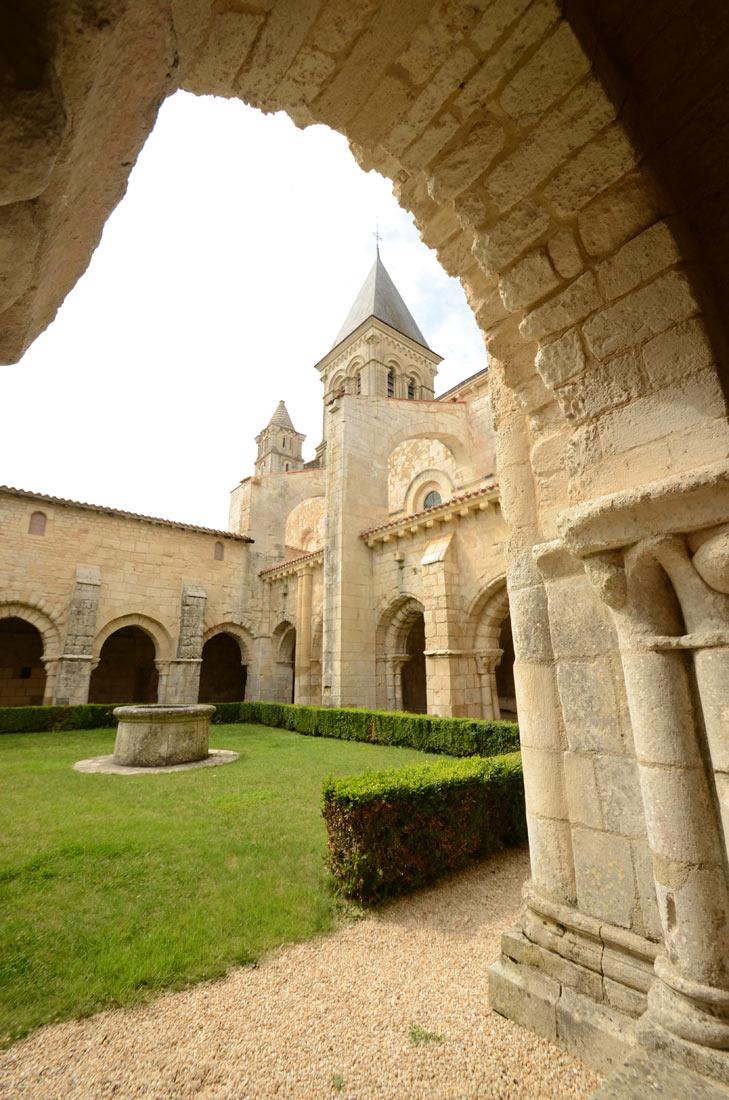Cloître et église abbatiale