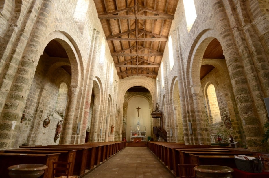 Nef romane de l'église St Nicolas
